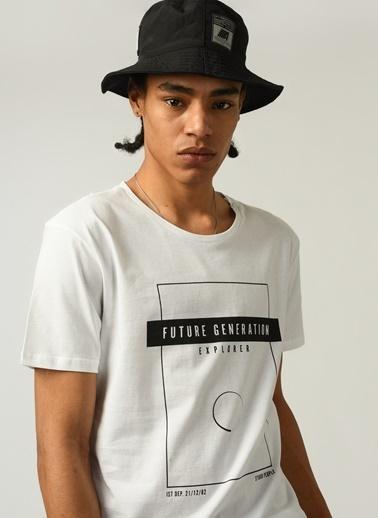People By Fabrika Erkek Baskılı  Tişört PFESS21TS0028 Beyaz